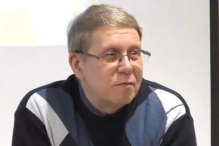 Rus yazıçıdan sensasiya: Koronavirus yoxdur, məqsəd...