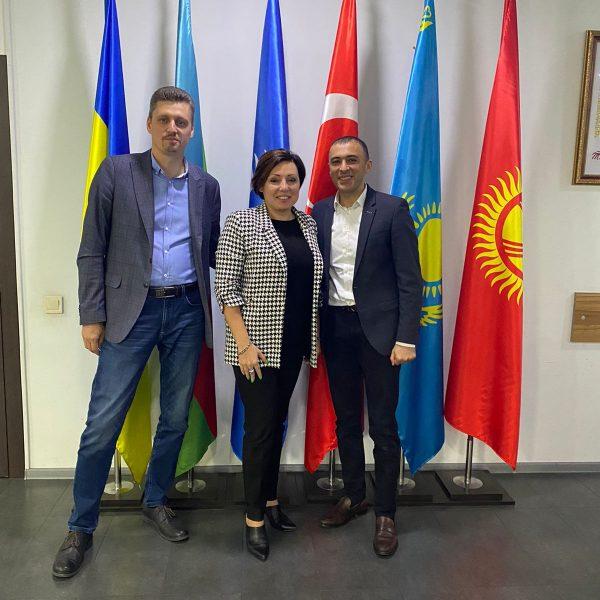 Siyasi ekspertlər Ukrayna Azərbaycanlıları Radasının qonağı olub