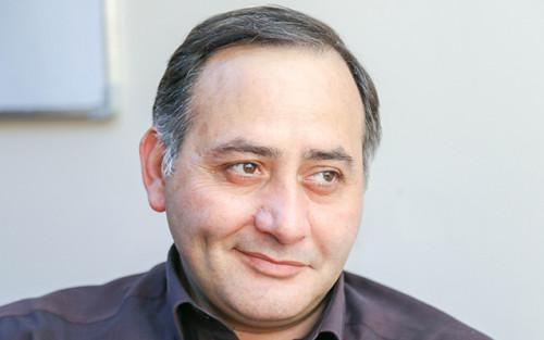 AzTV-də daha bir yenilik - Yazıçıya baş redaktor vəzifəsi verildi