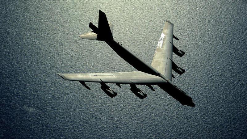 ABŞ bombardmançısı Rusiya səmalarında – VİDEO