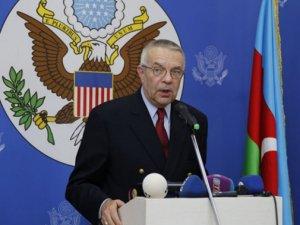 Minsk qrupunun sabiq amerikalı həmsədrindən sensasion təklif