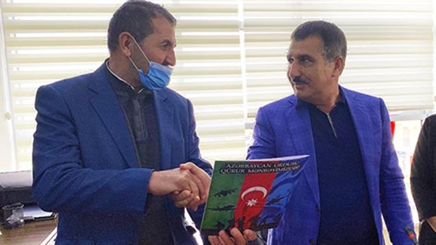 Suqovuşanda Azərbaycan bayrağını qaldıran əsgərə ev verildi – FOTO
